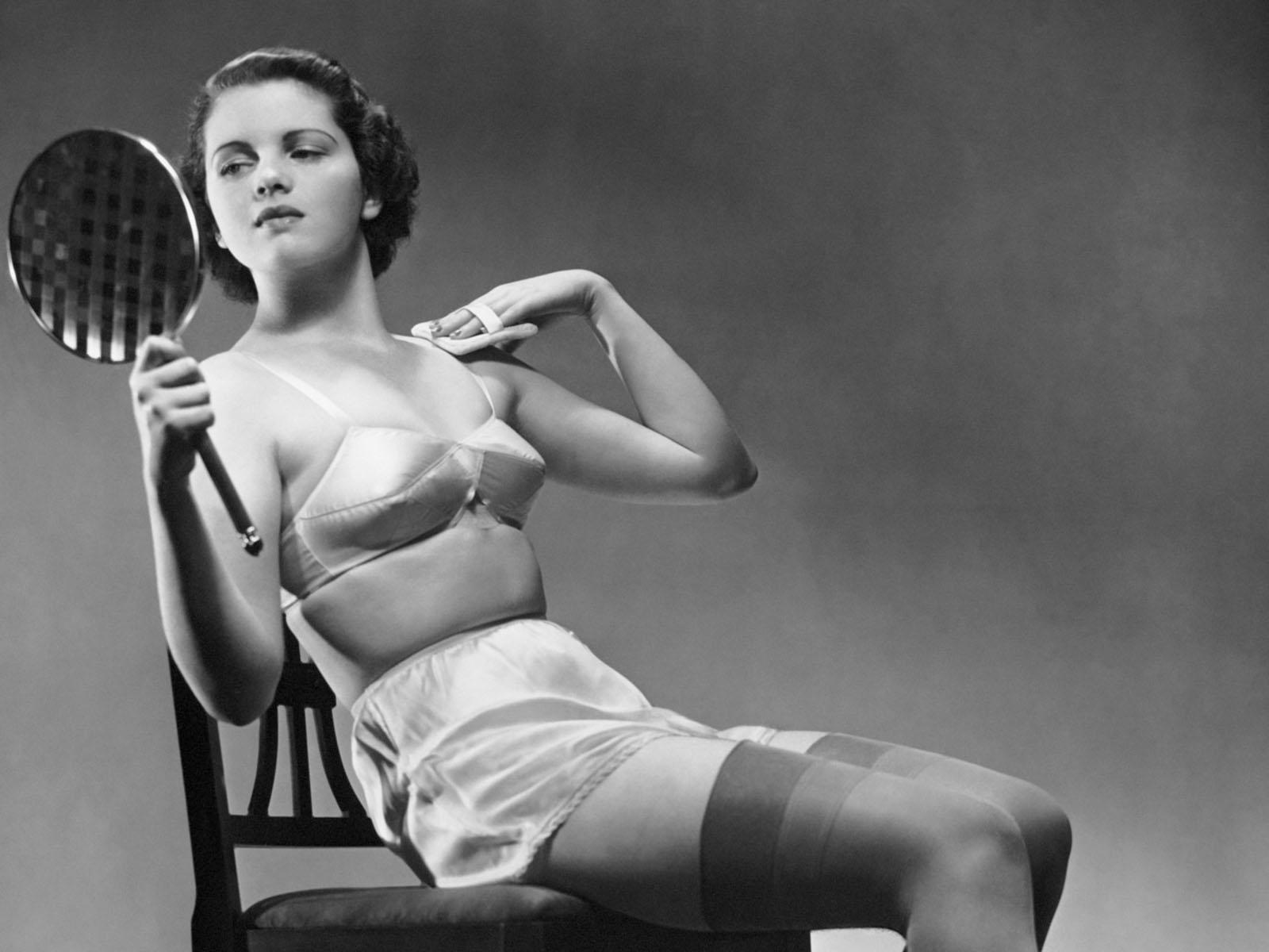 Фото ретро женщин без одежды 16 фотография
